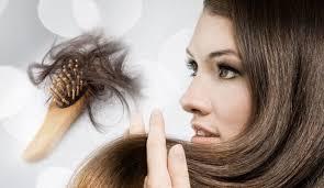 Kadınlarda Saç Dökülmesi Çözümü